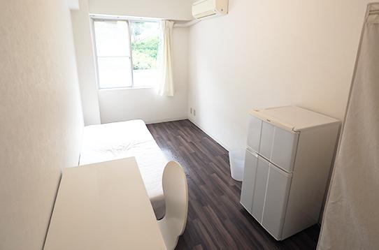 白を基調にした綺麗なお部屋です!