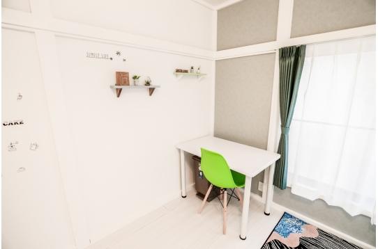 個室201