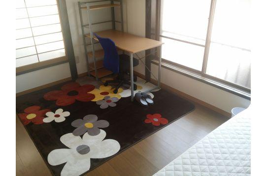 2;2階角部屋 クローゼット、収納、エアコン完備