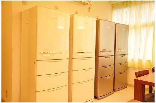 大型の冷蔵庫も4台!まず困りません!