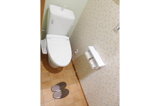トイレもウォシュレット付です!
