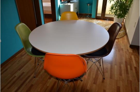 可愛らしいテーブル♪