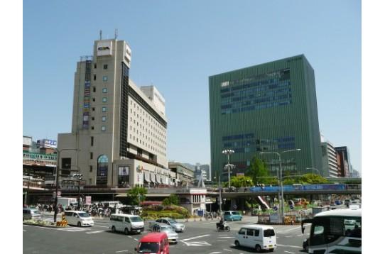 三ノ宮駅前です♪
