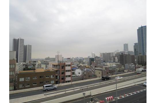 横浜まであるいて15分!