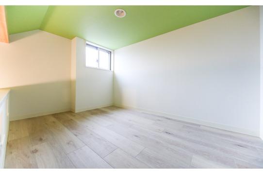2階の部屋は、すべてロフト付