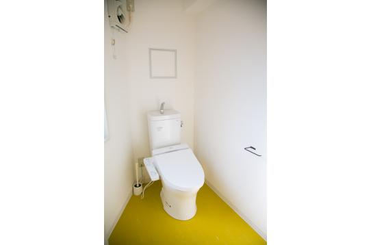 ウォシュレット付きトイレの様子。