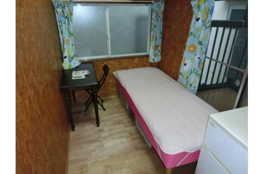 room C バルコニー付きのお部屋です