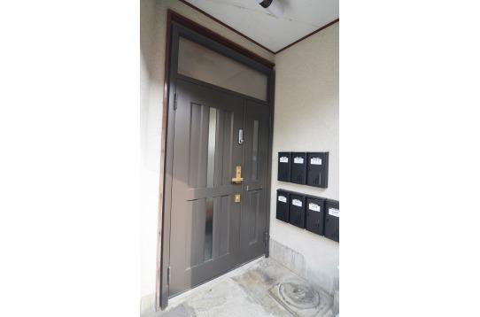 玄関はキーレックスで安心です。