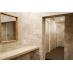 共用のシャワーは脱衣所も完全個室です