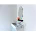 洗面化粧台には鏡やウォールライトも完備。