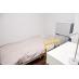 ベッド、冷蔵庫、デスクチェア、テレビ完備