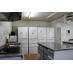 キッチン内部、調理台など。
