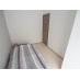 白を貴重として清潔感ある個室