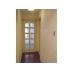 玄関:コルクタイルの床と珪藻土塗の壁